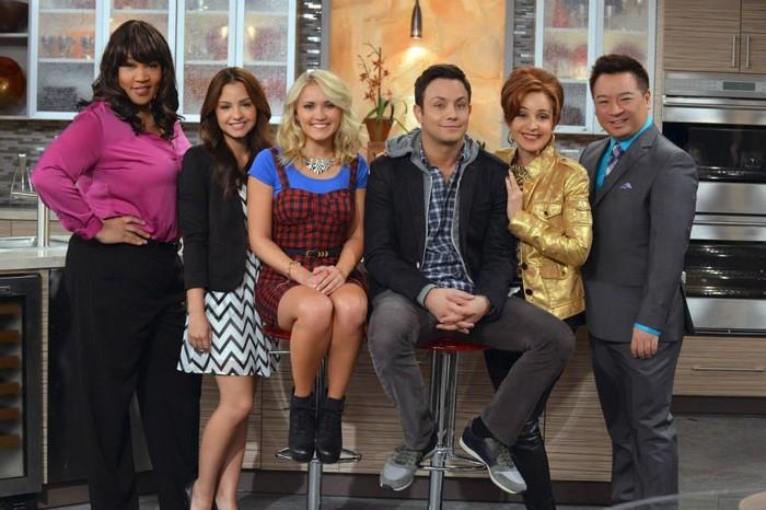 ABC Family renouvelle Young & Hungry, annule Mystery Girls et commande une nouveauté