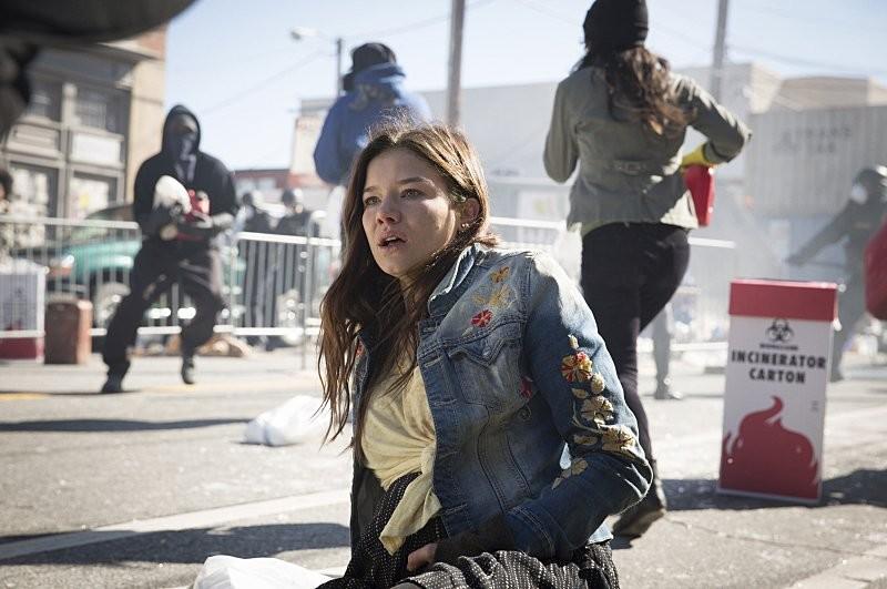 Semaine séries France du 16 au 22 juillet : Alerte Contagion, Major Crimes, Sirènes, Who is America?, The Brave…